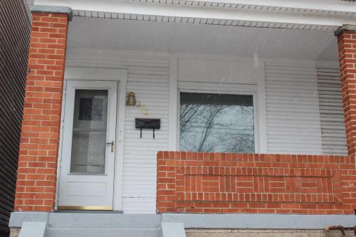 256 Whipple Street Photo 1