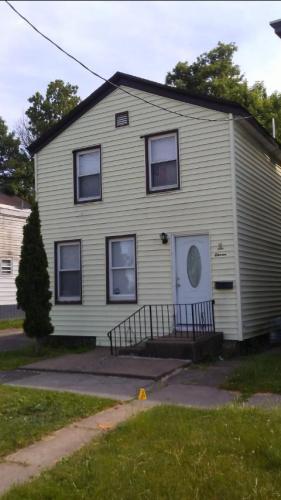 611 Cooper Street Photo 1