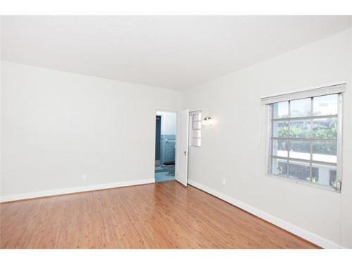 4607 Meridian Avenue Photo 1