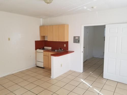 335 NE 80th Terrace Photo 1
