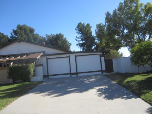 5286 Laurel Park Drive Photo 1