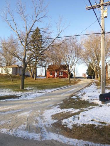3545 College View Road E Photo 1