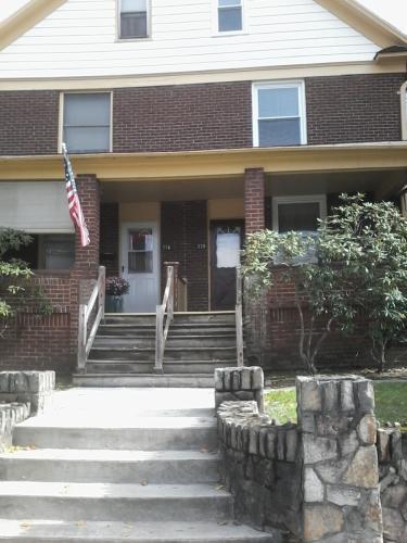 338 Cypress Avenue Photo 1