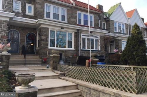3318 Ryan Avenue Photo 1