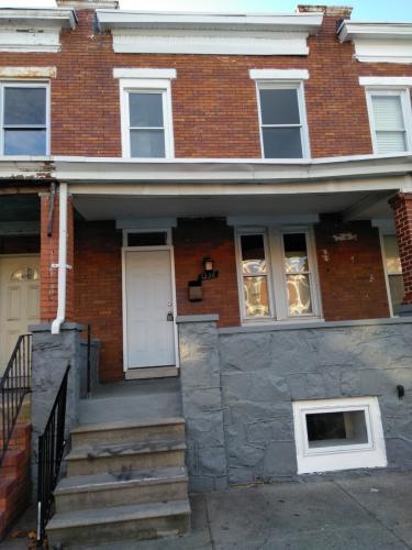 1226 N Potomac Street Photo 1