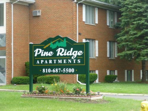 526 Pine Street Photo 1
