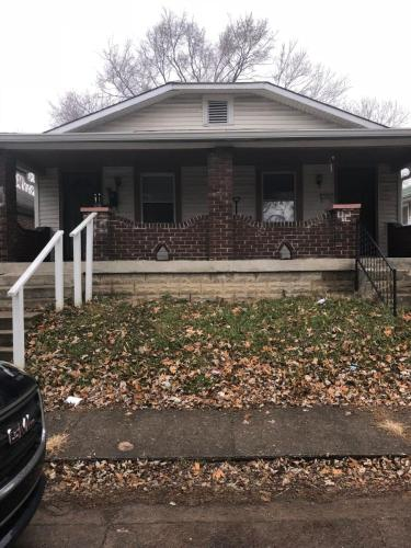 40 N Forest Avenue Photo 1