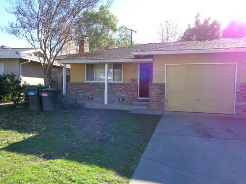 1422 Topaz Way Photo 1