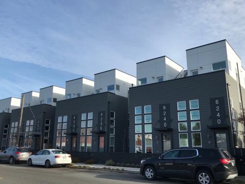 6240 Corson Avenue S Photo 1