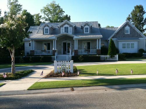 425 Marsh Oaks Drive Photo 1