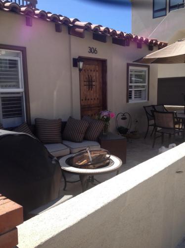 306 Coronado Street #A Photo 1