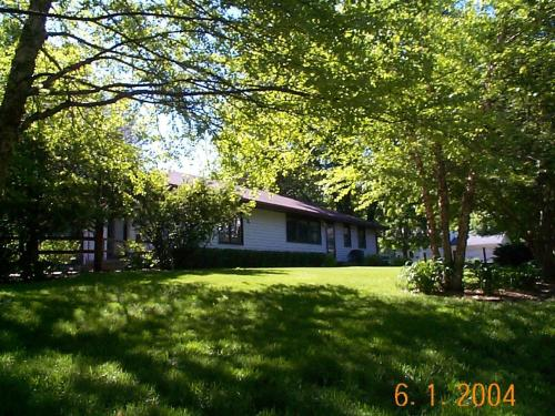 2501 Ford Road Photo 1