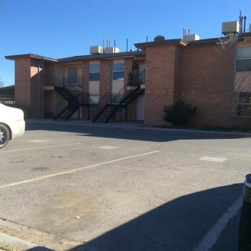 8705 Alameda Avenue Photo 1