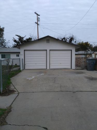 3100 W Richert Avenue Photo 1