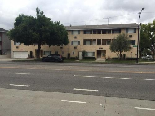 1540 N Catalina Street #M Photo 1