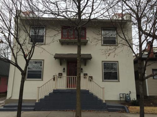 129 Eastern Avenue SE #1 Photo 1