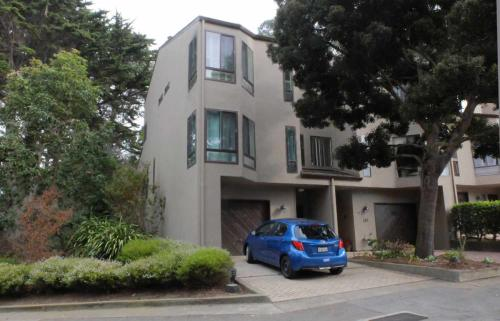 101 S Lake Merced Hill Photo 1