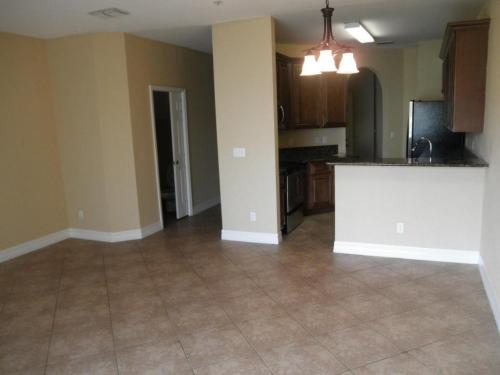 784 Pipers Cay Drive Photo 1