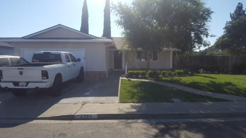 2293 Emerson Place Photo 1