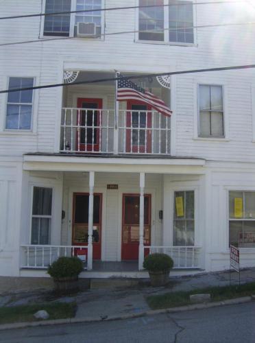 6 Beacon Street #6A Photo 1