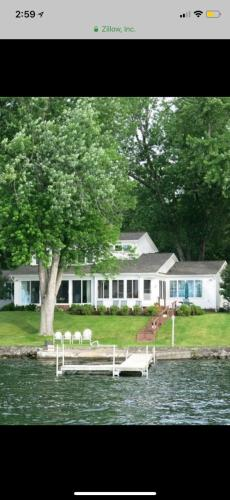 3487 Lakeview Lane Photo 1