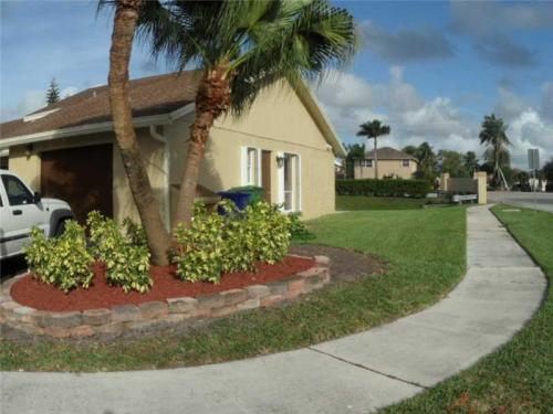 2101 NW 101st Terrace #A2101 Photo 1