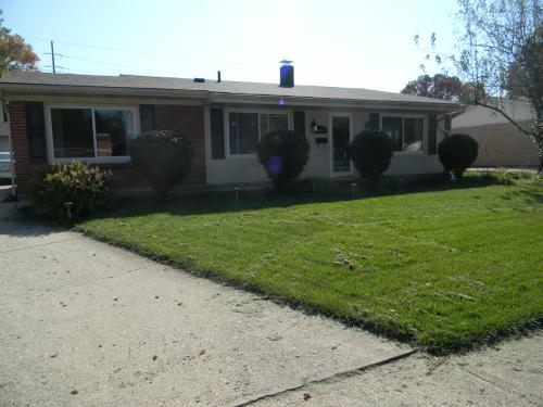 4417 Meadowcroft Road Photo 1