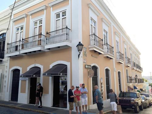 200 Calle Del Santo Cristo #2ND FLOOR Photo 1