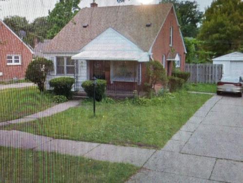 19749 Plainview Avenue Photo 1