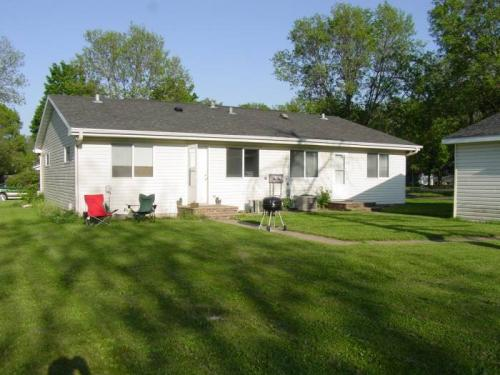 605 N Grove Street Photo 1