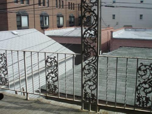 4025 N Leavitt Street Photo 1