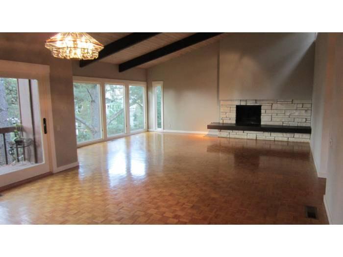 2991 Holyrood Drive, Oakland, CA 94611 | HotPads