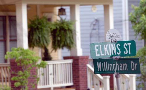 Elkins Street Photo 1