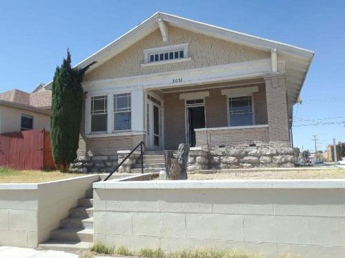 3031 Tularosa Avenue Photo 1