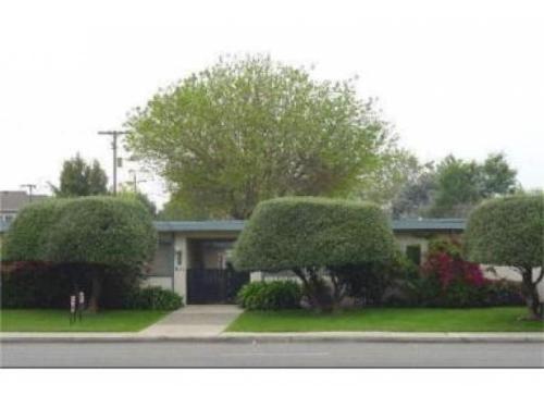 637 S Baldwin Avenue C Photo 1