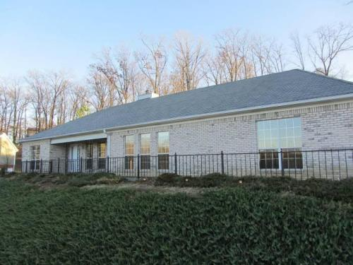 408 Forest Hills Place Photo 1