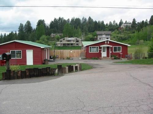 220 Lake Hills Drive Photo 1