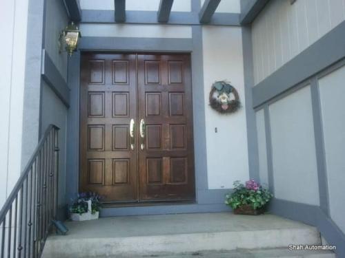 8120 Golden Crest Way #ORANGEVALE Photo 1
