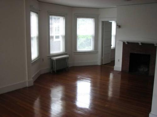 199 Grand Avenue #2ND FLOOR Photo 1