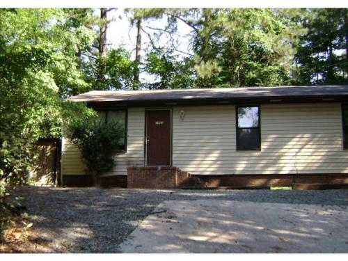 Apartment Unit A at 196 Forsythia Court, Chapel Hill, NC 27517 | HotPads