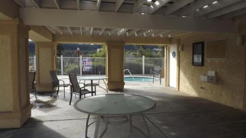 10936 Creekbridge Place Photo 1