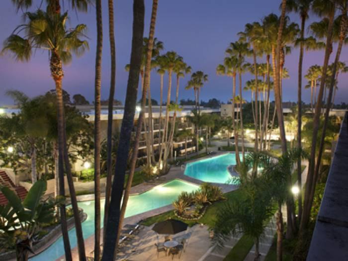 Newport Beach Ca 92663 Hotpads