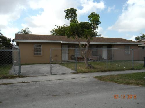 19012 SW 113th Place Photo 1