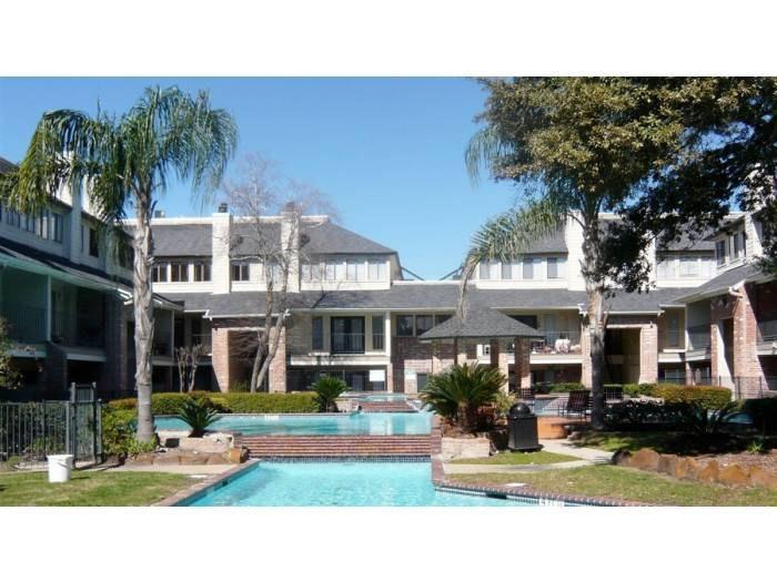Apartment Unit 412 At 12630 Ashford Point Drive Houston Tx 77082