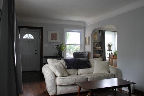279 E Saratoga Street Photo 1