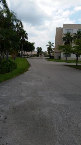 14850 Naranja Lakes Boulevard Photo 1