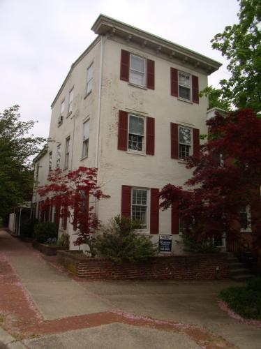 1725 Gilpin Avenue #2 Photo 1