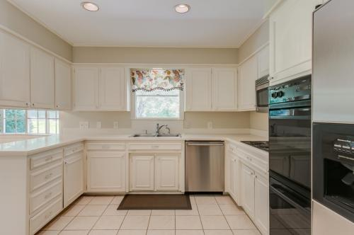 6363 Lansdale Road Photo 1