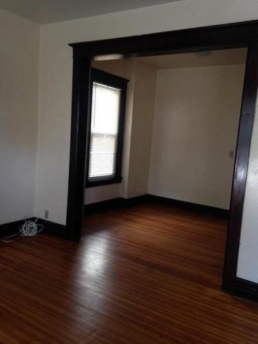 542 Hudson Avenue Photo 1
