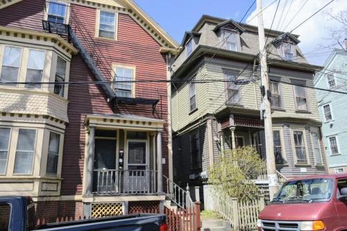 64 John Street #1ST Photo 1